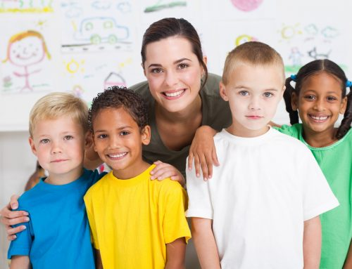 Los profesores, un elemento clave para detectar problemas visuales en los niños.